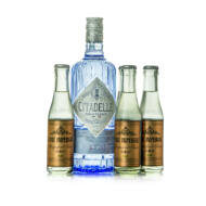 Gin Citadelle + 4 db East Imperial Grapefruit Tonic (0,7 l +4X0,15 l, 44%)