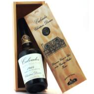 Calvados Christian Drouin 1964 fadobozban (0,7 l, 40%)