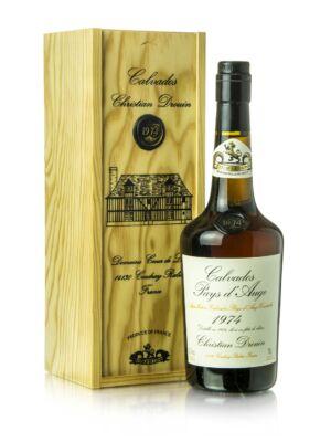Calvados Christian Drouin 1974 fadobozban (0,7 l, 42%)