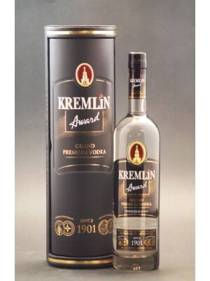 Vodka Kremlin Award Grand Premium bőrdobozban (0,7 l, 40%)
