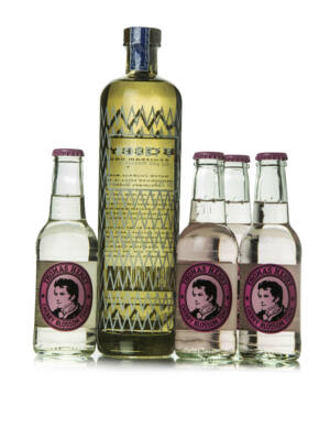 Gin Bobby's + 4 db Thomas Henry Cherry Blossom Tonic (0,7 l +4X0,2 l, 42%)
