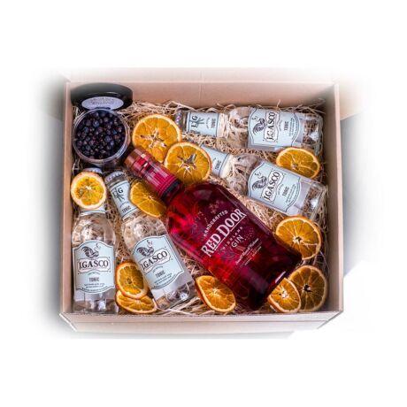 Gin Red Door + tonik + fűszer
